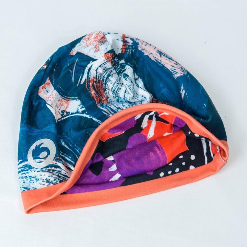 kolorowa czapka do biegania termoaktywna