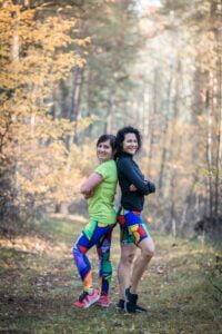 Pikasa to długie lub krótkie kolorowe leginsy do biegania dla aktywnych kobiet