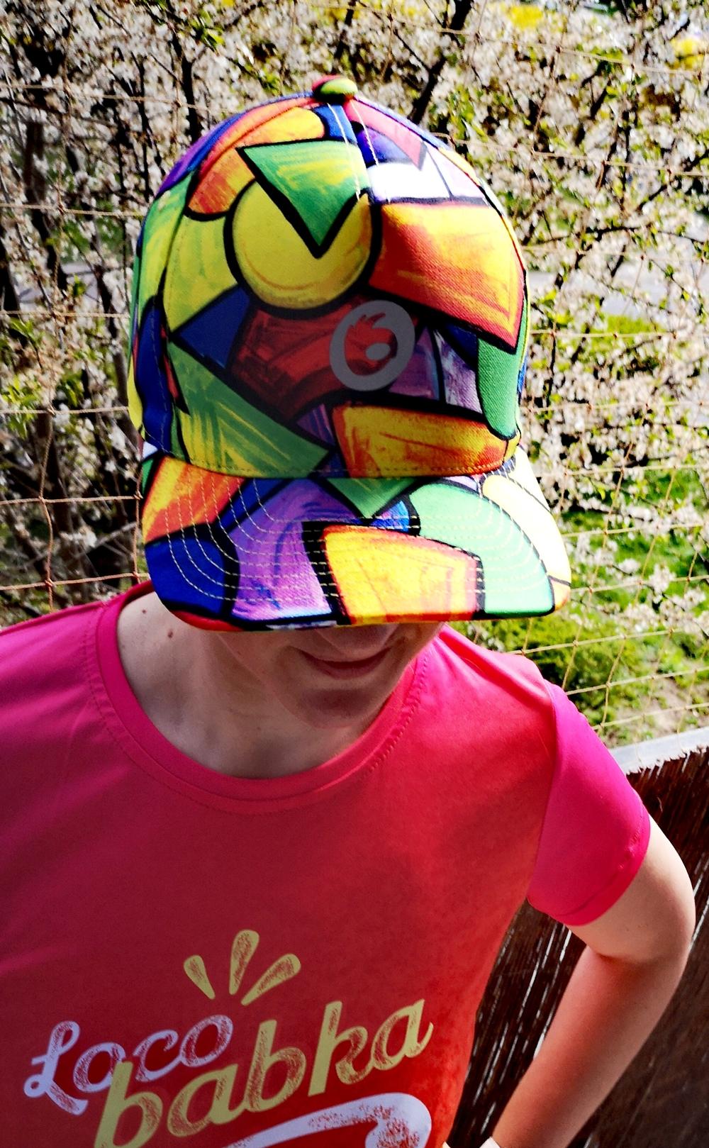 kolorowa czapka z daszkiem baseballówka pikasa